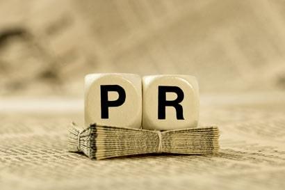 Min múlik a PR cikk írás?