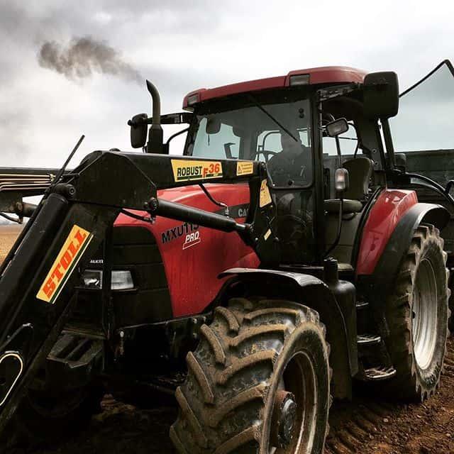 Használt traktor a Giga Farm Kft. honlapján