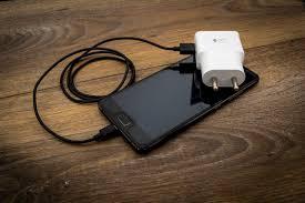 Telefon töltő egyszerre akár 5 eszközhöz