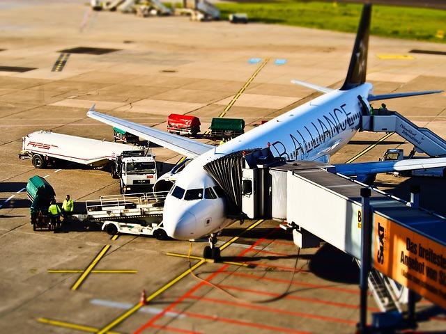 Kényelmes megoldás a repülőtéri parkolás
