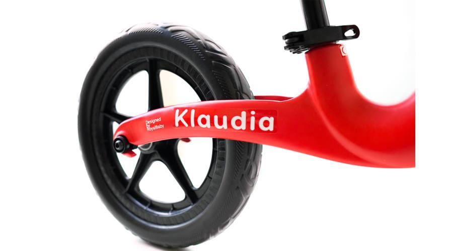 A név matrica egyedivé teszi a bringát
